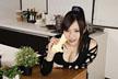 台所で好き勝手に調理されるデカパイちゃん ゆうき美羽