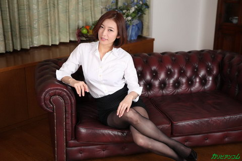 美熟女教師の本当に欲しいモノ HITOMI